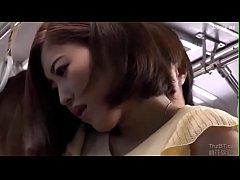 Japanese สาวสวยหุ่นดีโดนหนุ่มโรคจิตจับโม๊คเเล้วเย็ดบนรถประจำทาง อย่างเสียว